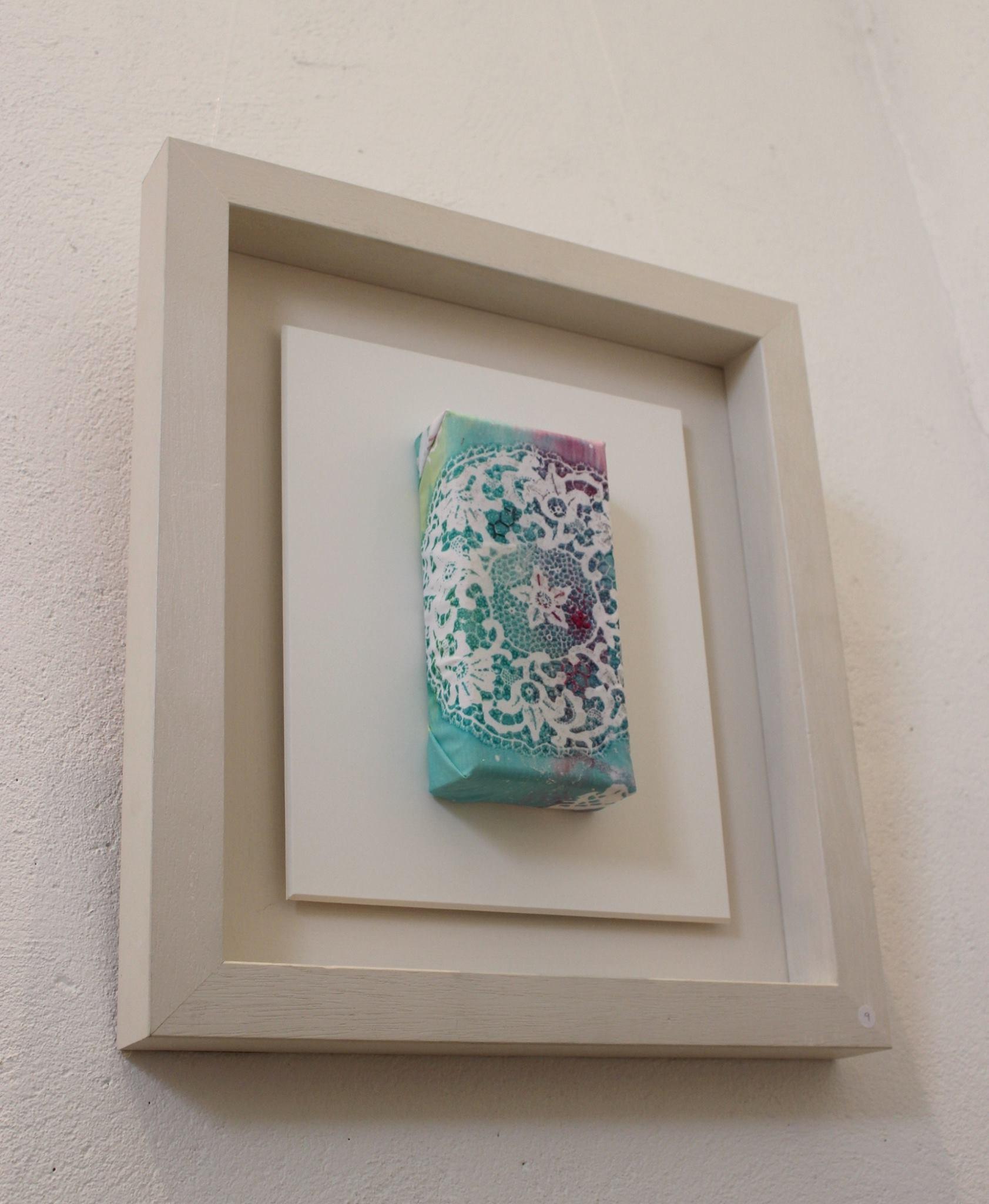 Grandmother's Lace, Helen McLoughlin, element15